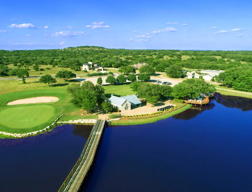We build in the finer communities of Canyon Lake and Blanco County